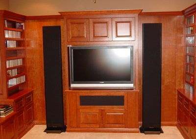 Integrated Media Room TV with Dual Speakers