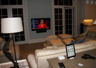Media Room with Outdoor and Kitchen Access